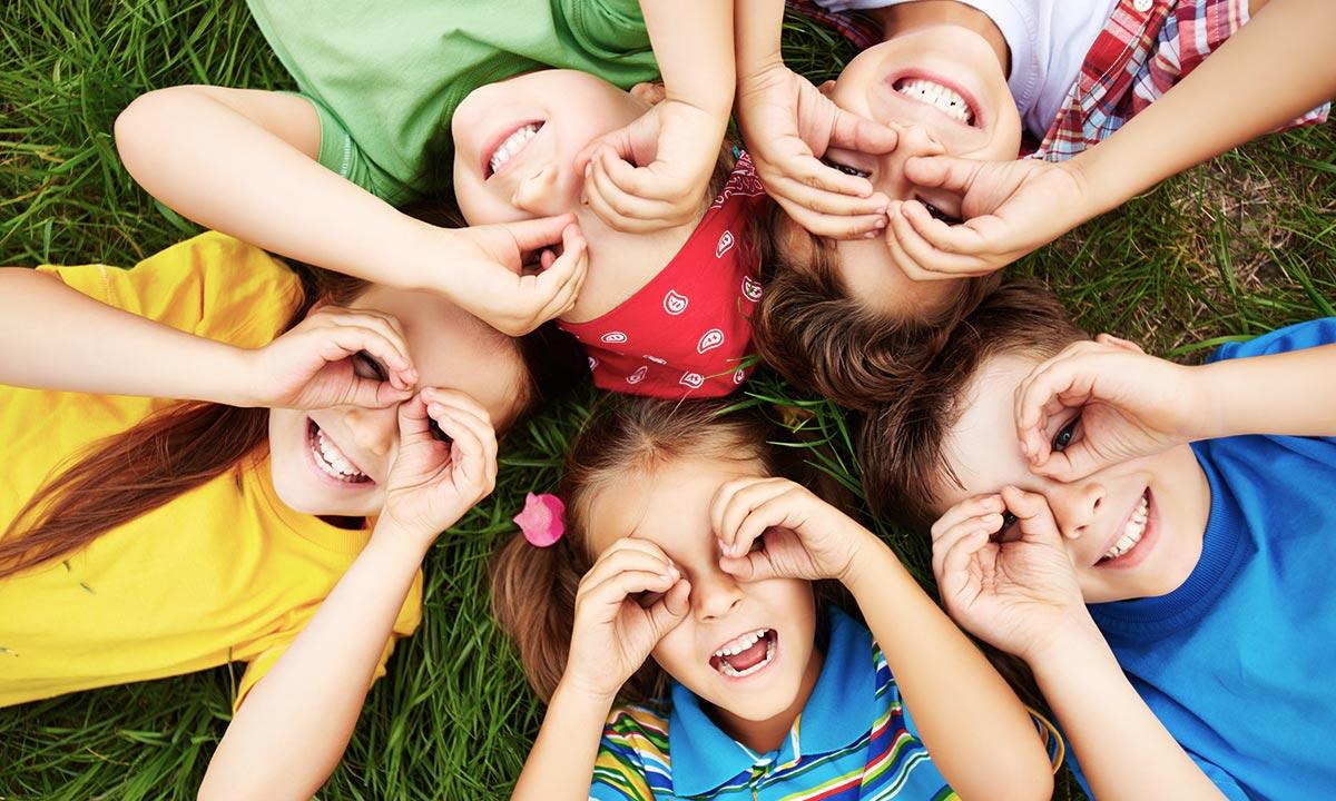 Jak budować relacje?  9 rekomendacji dla dzieci i młodzieży